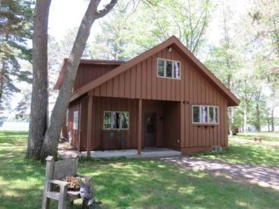 Photo of 152 Cherry Blossom Ln, Manitowish Waters, WI 54545