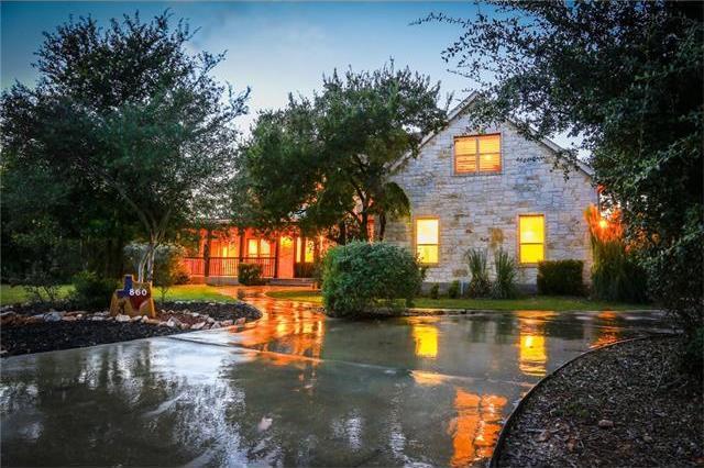 860 Oak Bluff Trl, New Braunfels, TX 78132