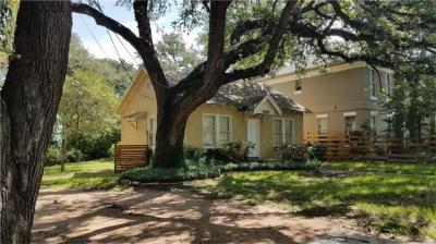 Photo of 1006 Woodland Ave, Austin, TX 78704