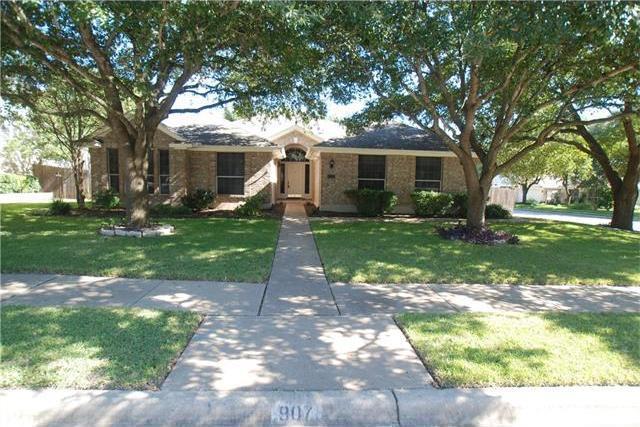 907 Clarence Bohls, Pflugerville, TX 78660