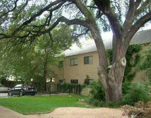 2612 San Pedro St #221, Austin, TX 78705
