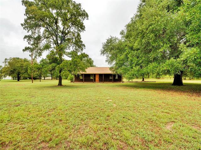 112 E Clearview Cemetery Rd, Bastrop, TX 78602