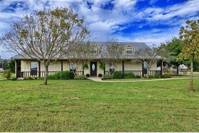 Photo of 2040 County Road 134, Hutto, TX 78634