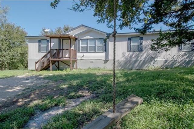 411 Texas Oak Dr, Cedar Creek, TX 78612