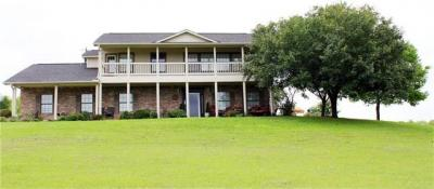 Photo of 300 County Road 139, Hutto, TX 78634
