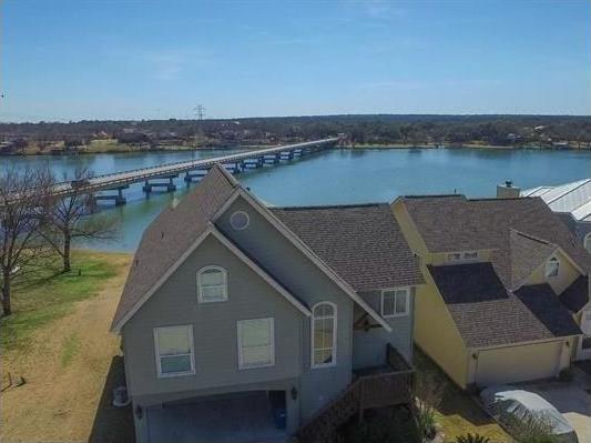 1530 Cimarron Trl SE, Kingsland, TX 78639