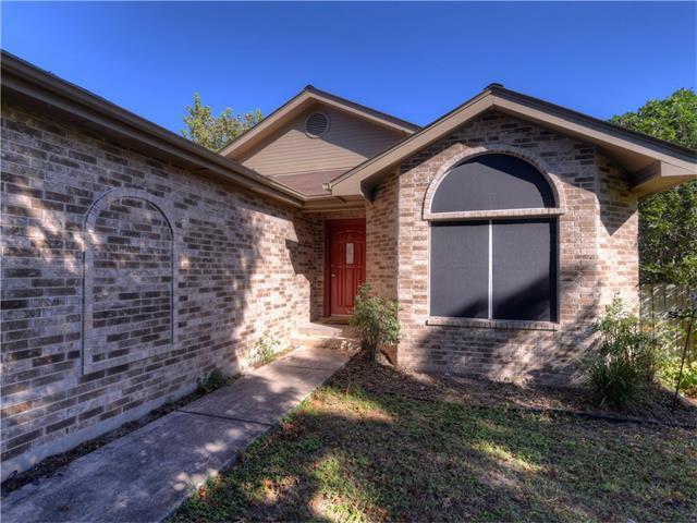 312 Spring River Dr, Martindale, TX 78655