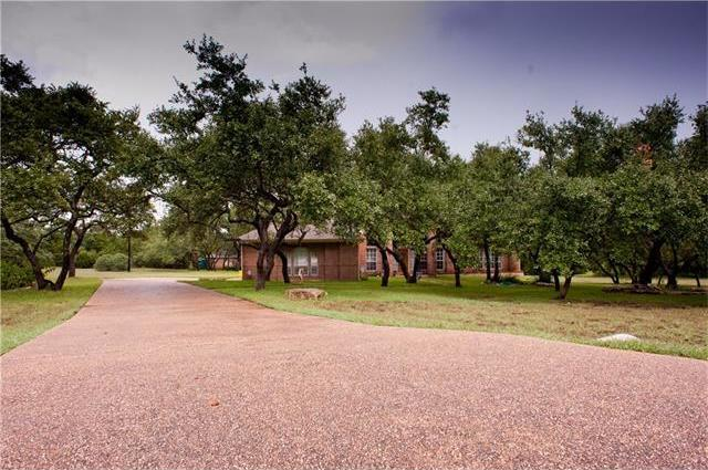 150 Post Oak Ln, Driftwood, TX 78619