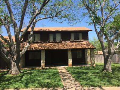 Photo of 10902 Cobblestone Ln, Austin, TX 78750