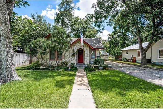 531 S Sycamore Ave, New Braunfels, TX 78130
