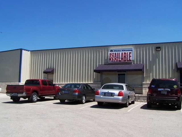 193 Highway 290, Elgin, TX 78621