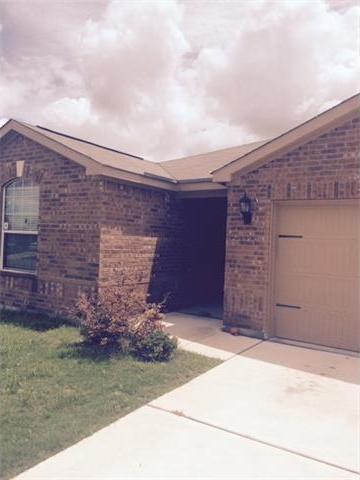 409 Sapphire Ln, Jarrell, TX 76537