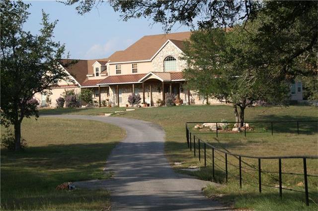 2265 Bridlewood Ranches Dr, San Marcos, TX 78666