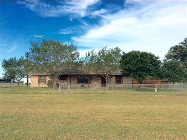 1083 County Road 223, Giddings, TX 78942