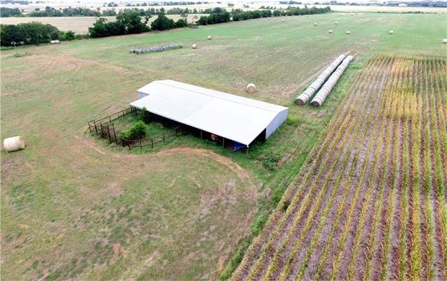 725 County Rd 144, Jarrell, TX 76537