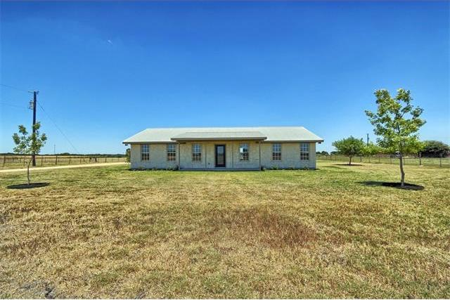 851 County Road 454, Taylor, TX 76574