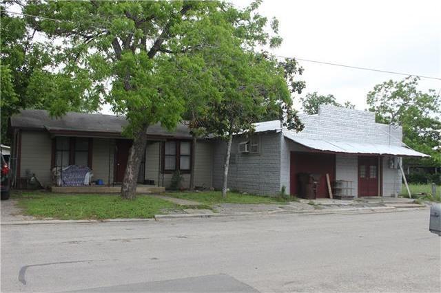 505 Neches St, Lockhart, TX 78644