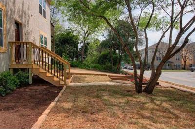 Photo of 206 E 31st St, Austin, TX 78705