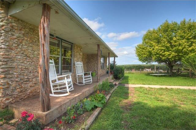 200 County Road 229, Florence, TX 76527