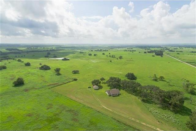1797 County Road 261, Other, TX 77975