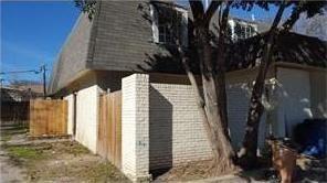 5002 Blue Spruce Cir #B, Austin, TX 78723