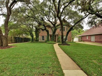 Photo of 6406 Old Harbor Ln, Austin, TX 78739