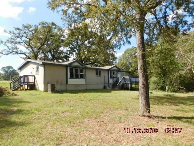 1324 County Road 406, Lexington, TX 78947