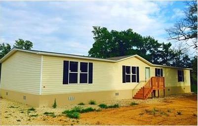 153 Royal Pines Dr, Bastrop, TX 78602