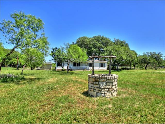 104 Brizendine Ave, Florence, TX 76527
