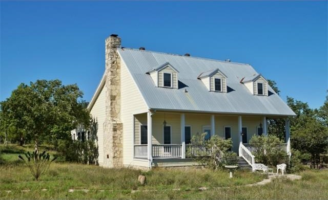 437 County Road 413, Spicewood, TX 78669
