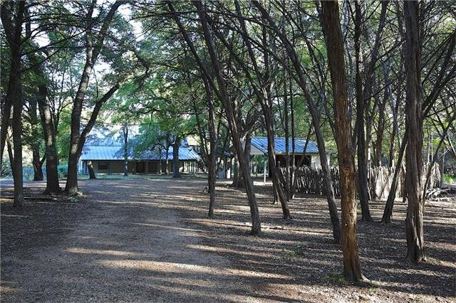 606 Deer Lake Cv, Wimberley, TX 78676