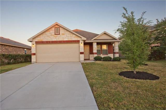 107 S Creek Bend Dr, Hutto, TX 78634