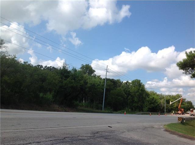 2001 Chestnut St, Bastrop, TX 78602