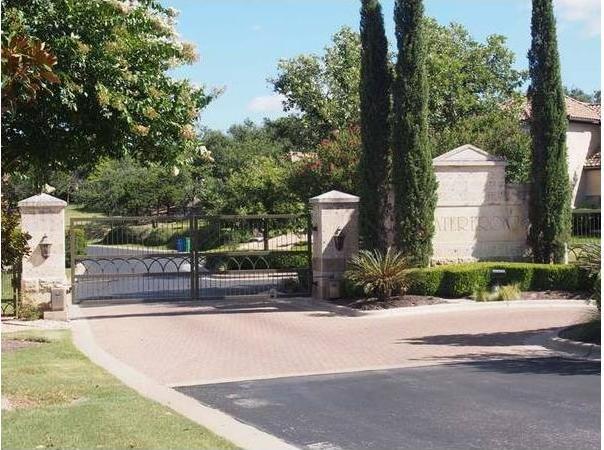 611 Lake Estates Dr, Austin, TX 78734