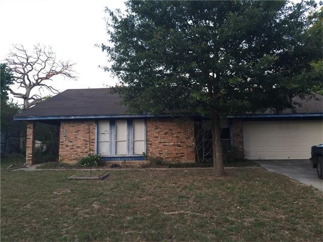 404 Alamo Dr, Rockdale, TX 76567