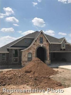 Photo of 101 Loch Lomond St, Hutto, TX 78634