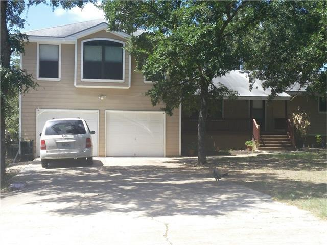 349 Forest Lake Dr, Del Valle, TX 78617