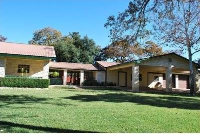 133 E Sandy Rd, Rosanky, TX 78953