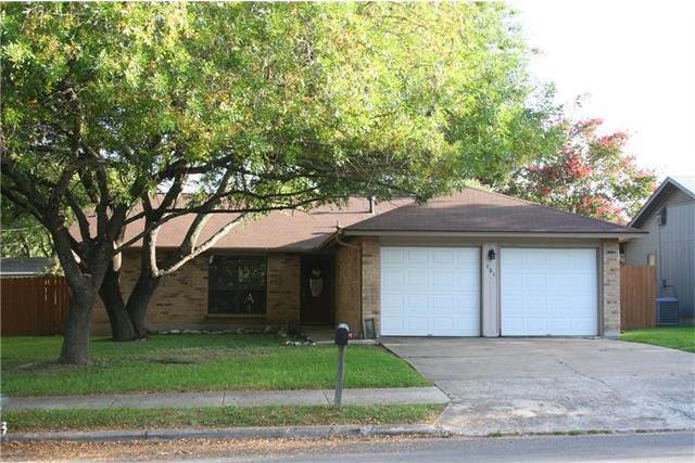 605 E Logan St, Round Rock, TX 78664