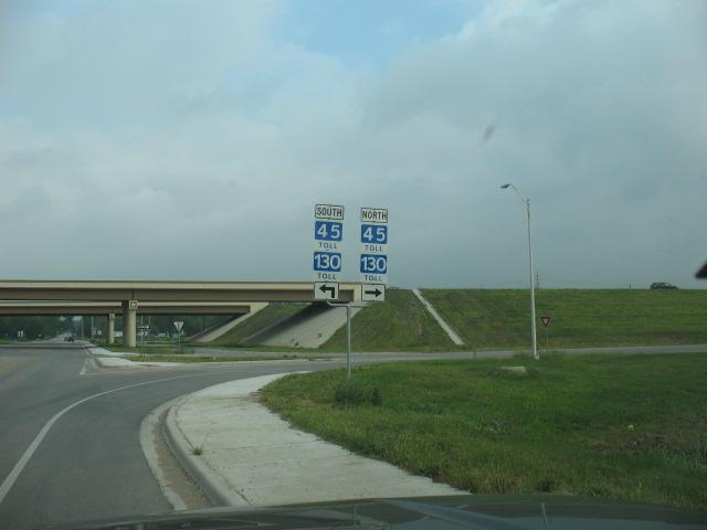 11708 Pearce Ln, Del Valle, TX 78617