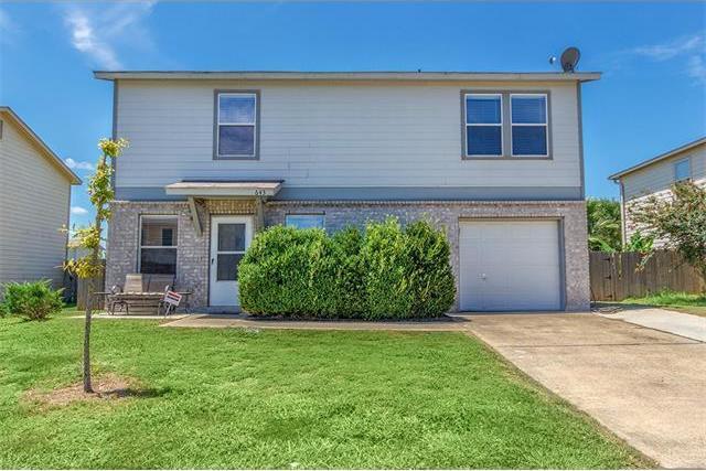 643 Northlake Dr, New Braunfels, TX 78130