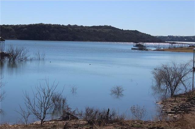 551 Lake View Dr, Spicewood, TX 78669