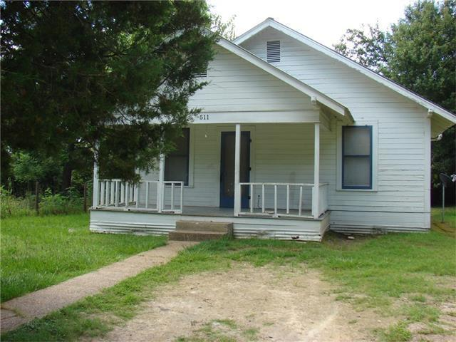 505 North Ave, Rockdale, TX 76567