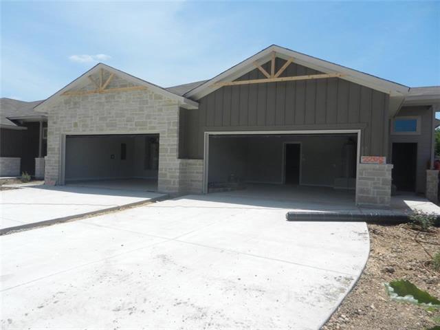 2208 & 2210 Avery Vlg, New Braunfels, TX 78130