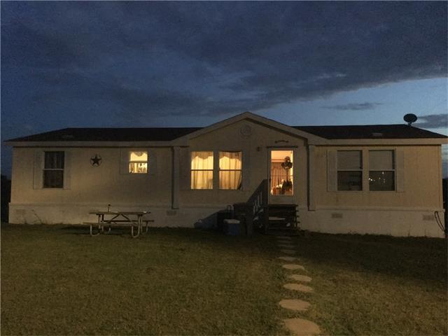1692 Seminole Trl, Dale, TX 78616