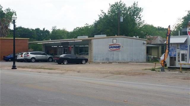 1104 Chestnut St, Bastrop, TX 78602