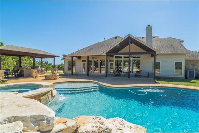 367 Barton Ranch Rd, Dripping Springs, TX 78620