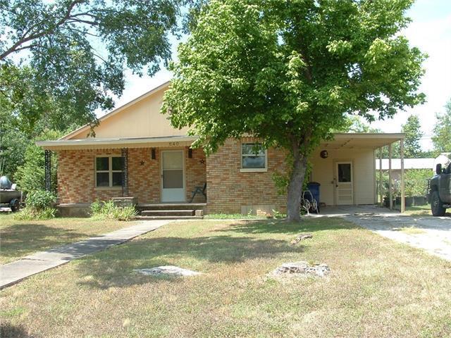 640 W Vaughan St, Bertram, TX 78605