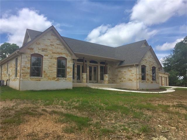 721 Beauchamp Rd, Henly, TX 78620