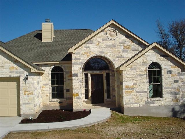 160 S Lakeview Dr, Del Valle, TX 78617